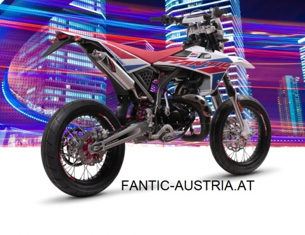 Fantic 50cc Euro 4 Super Moto Performance