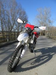 Fantic XE die 2 Takt Weltmeister Moto Cross mit Straßenzulassung